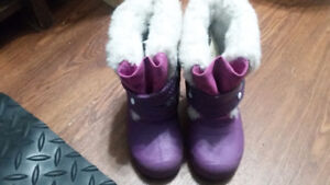Toddler winter boot size 6