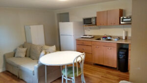 Student Bachelor Apt. East End Barrie - Avail. Sept. 1st