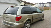 2005 Dodge Caravan , Runs Like New  1950$ firm