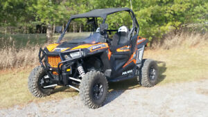NEW PRICE,, LIKE NEW,,. 2016 Polaris RZR 900S EPS SXS