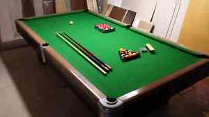 Vintage Pool Table Made in Canada Cambridge Kitchener Area image 1