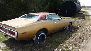 1973 Dodge Charger $3000 Comes with extra parts