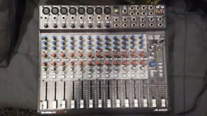 Alesis Multimix 16 - Console 16 entrees