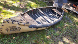 12 foot extra wide sportspal canoe with extras