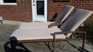 WICKER LOUNGE CHAIR SET OF TWO