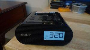 Sony Alarm Clock Radio iPod and iPhone .