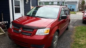 2008 Dodge Grand CaravanCamRecul DVD Hitch nego