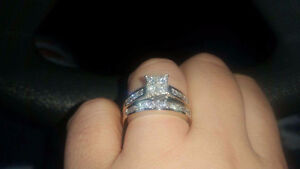 14k white gold engegment ring/ wedding set