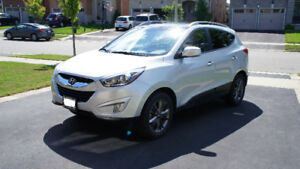 2014 Hyundai Tuscon GLS, AWD - Silver - Great Condition