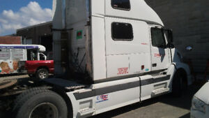 2005 Volvo Other 780 VNL Other