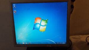 """Used Samsung 19"""" LCD Computer Monitor for Sale"""