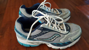 LIKE NEW Saucony Women's Running Shoes