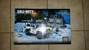 Mega Bloks Call of Duty Arctic Invasion 06879 493 PCS