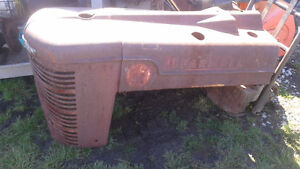 AWESOME ROT ROD HOOD & GRILL (farmall M) have many more parts