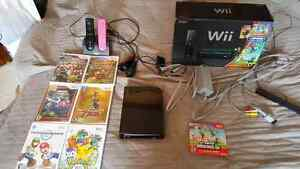 Nintendo Wii with 7 games and charger for controllers Oakville / Halton Region Toronto (GTA) image 1