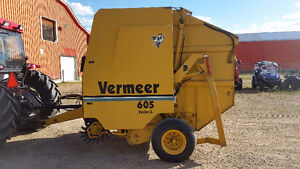 Vermeer 605L - Auto Tie Monitor - Only 8921 Total Bales Showing