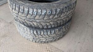Pair of 2 Hankook iPike RW11 LT245/70R17 WINTER tires (65% tread