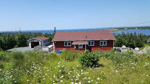 Three Bedroom home near ocean with lake access Nova Scotia