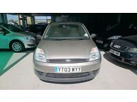 Ford Fiesta 1.3 2003 LX, 5 stamps service history.