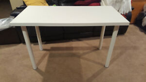 Nail/craft table/desk