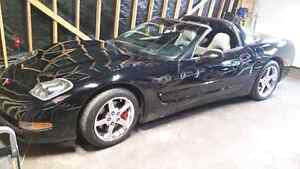 1999 corvette. .trade for 3/4 or 1 ton 4x4 diesel pick up