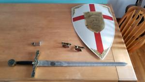 épée et biuclier médiévale