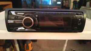 Sony DSX-S100 iPod/FM/AM Player