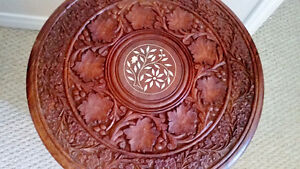 Beautiful carved table with inlaid design - excellent condition Kingston Kingston Area image 2