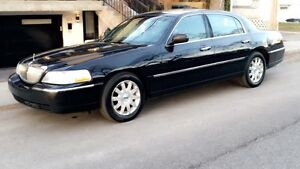 2010 Lincoln Towncar signature limited !!! Full luxury