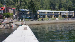 2 Bedroom Lakefront Condo on Gorgeous Shuswap Lake