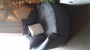 Beautiful large round chair