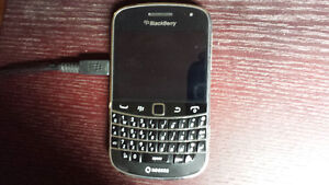 Blackberry Bold 9900 for sale or trade for iPhone 5 or 5S