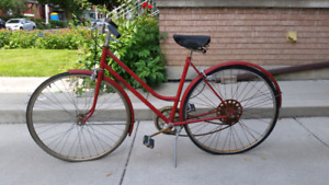 Vintage red cruiser bike