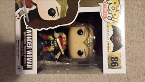 Wonder Woman pop funko