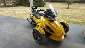 Can am spyder STS sm5 2013