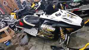 Parting out mxz rev skidoos #597 1554