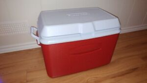 Rubbermaid Cooler New Never Used