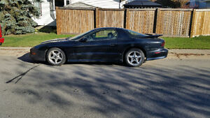 1997 Pontiac Trans Am WS6 Coupe (2 door)