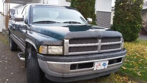 1997 Dodge Power Ram 1500 Camionnette