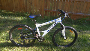 "CCM Apex 26"" Mountain Bike"