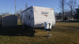30FT JAYSWIFT TRAVEL TRAILER -294BHS- EXCELLENT CONDITION