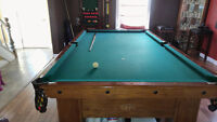 Brunswick 4 1/2 X 9 Pool Table Resonable offers please