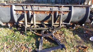 8ft meyers plow..with A frame /rams...no hardware   $250 obo