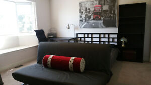 **ATTN COOPS: FURNISHED rooms w Private bathroom & sitting area