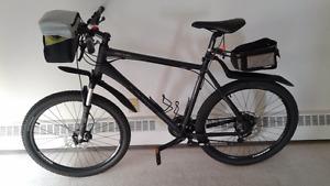 Giant Revel XL Black Mountain bike