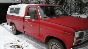 1986 Ford F-150 Camionnette