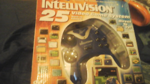 INTELLIVISION  VIDEO  GAME  SYSTEM
