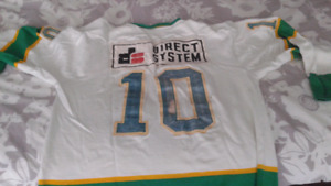 Game worn jersey by the great Giovanni Vincelli