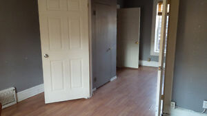 2 + 1 bdrm available for $990+hydro Jun 1st - downtown Kitchener