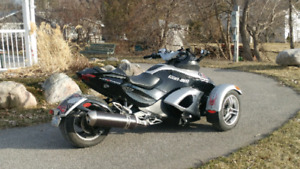 Can Am Spyder RS. REDUCED!